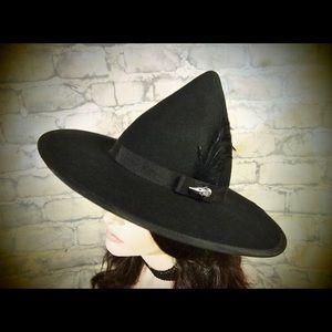 EvercrumblyAndWitch, Felt Pointed Brim Hat